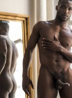 andre_donovan-lucasentertainment-black-model-7