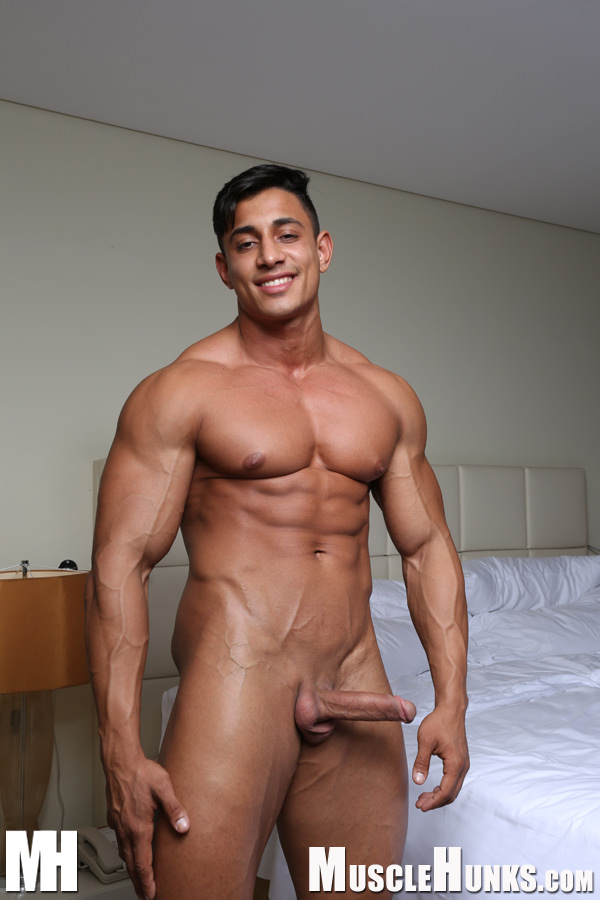 Hispanic muscle hunks nude