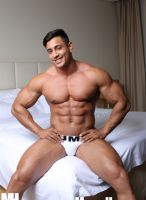 angel_alberto-musclehunks-02