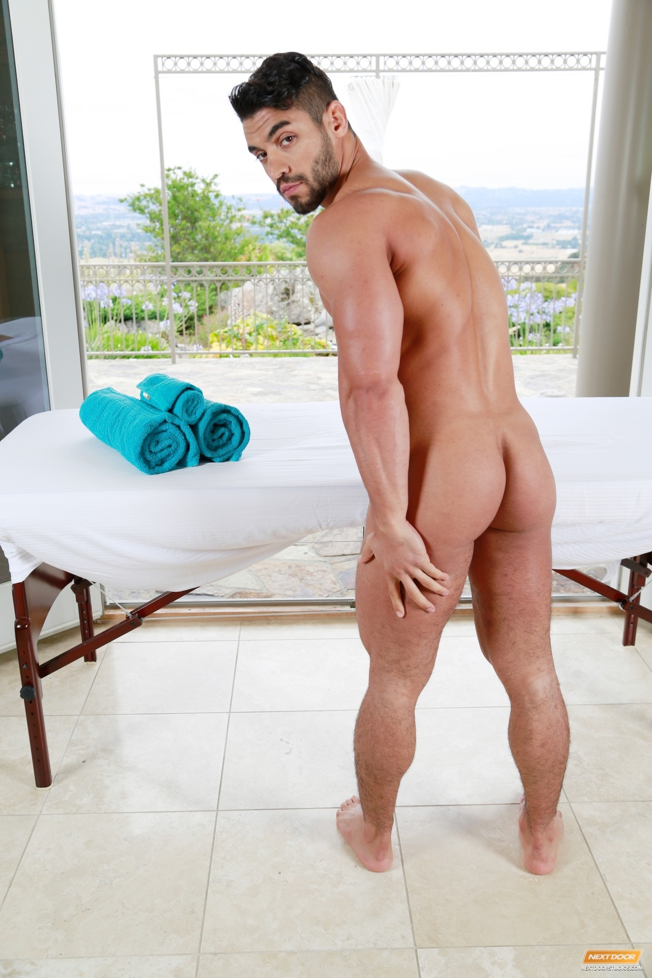gay escort in madrid porno gay medico