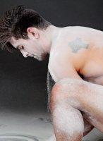 benjamin-godfre-naked-02
