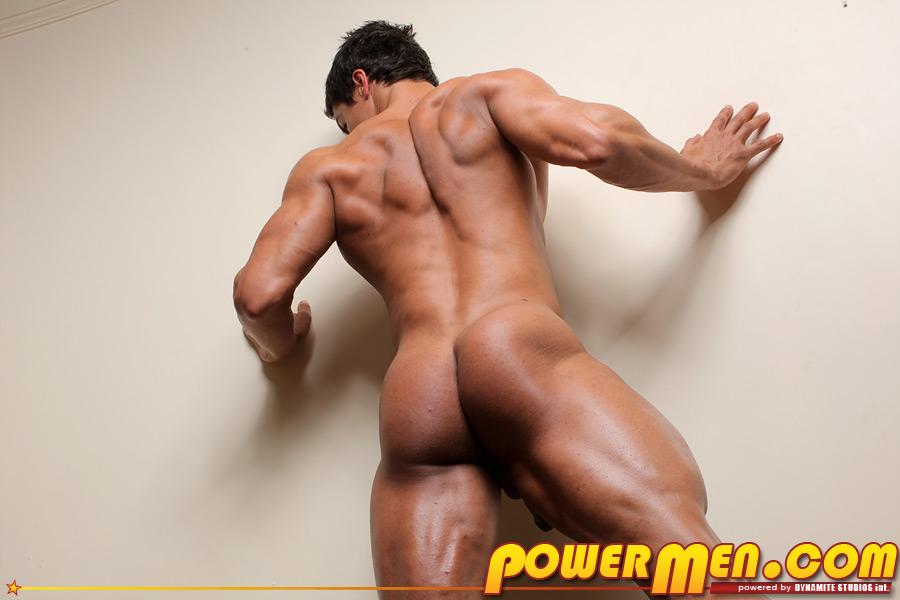 http://www.welovenudes.net/wp-content/gallery/cesar-santiago/cesar_santiago-08%20powermen%20ass.jpg
