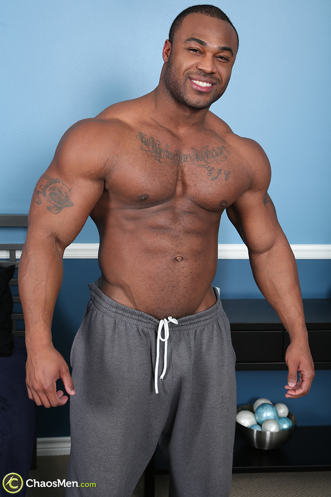 Male nude bodybuilders black