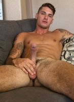 clark_parker-guysinsweatpants-gisp-8