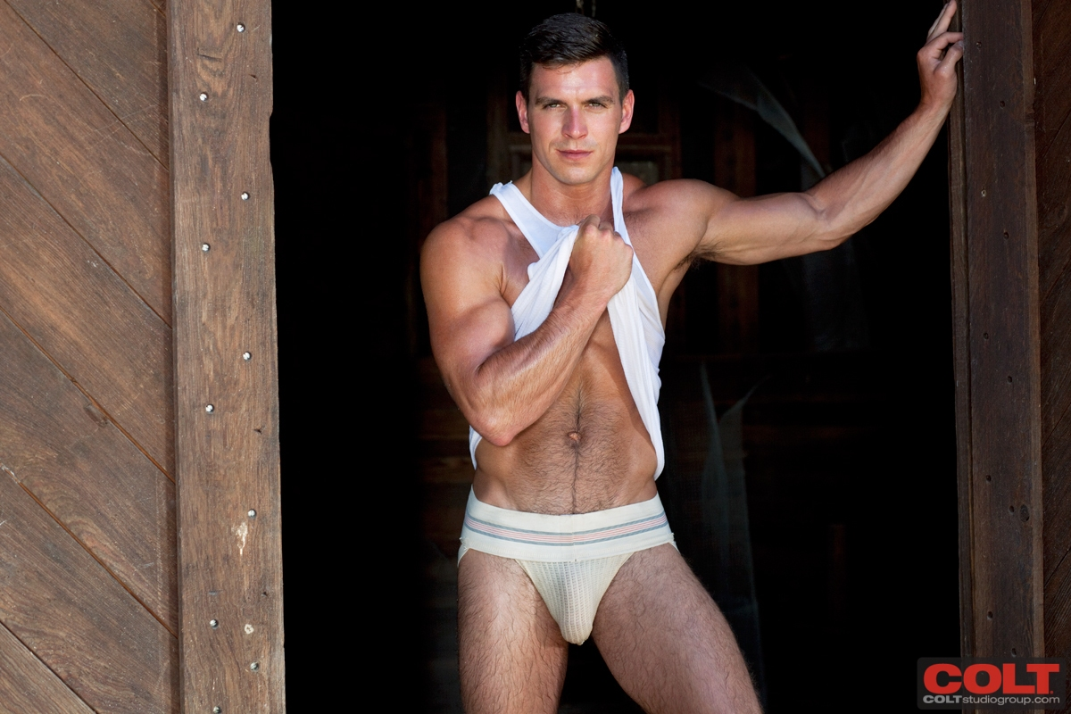 colt model patty shemale gallery - paddy-obrian-colt-17
