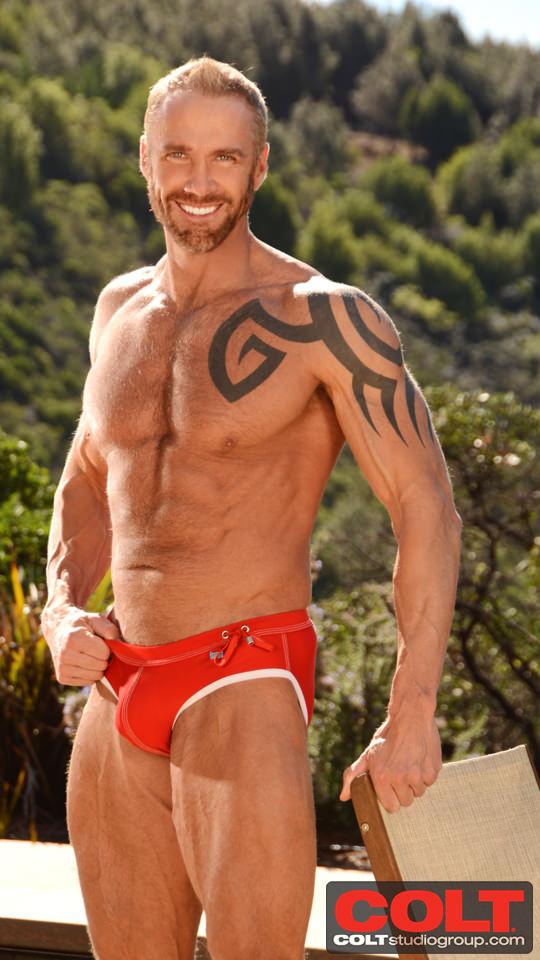 jim walker bodybuilder gay anchor