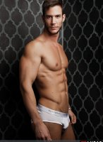 Demian_Holt-LucasEntertainment-02