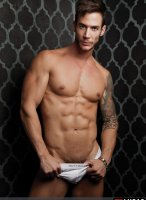 Demian_Holt-LucasEntertainment-03