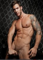 Demian_Holt-LucasEntertainment-08