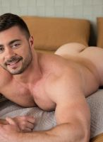 derek-bolt-nextdoor-9