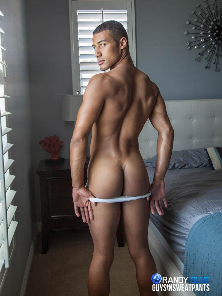Pornstar Hunk Austin Wilde Sucks On Cock