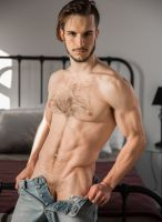 donte-thick-model-nextdoor-studios-2