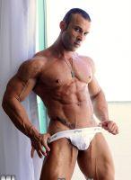 muscular Gianluigi Volti
