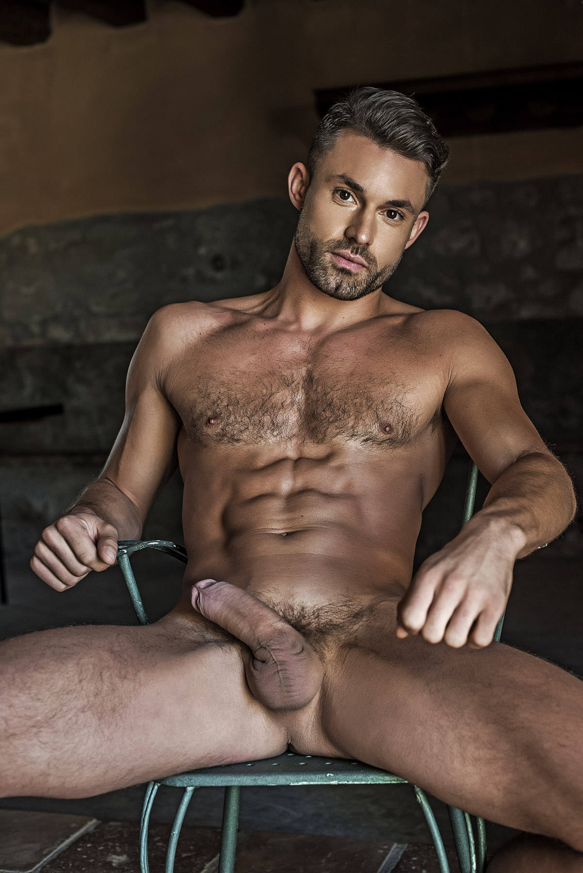 Sexy gay masseur oils up straight guy