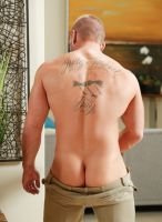 james_huntsman-nextdoor-comeback-15