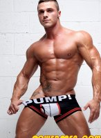 joey-van-damme-musclehunks-04