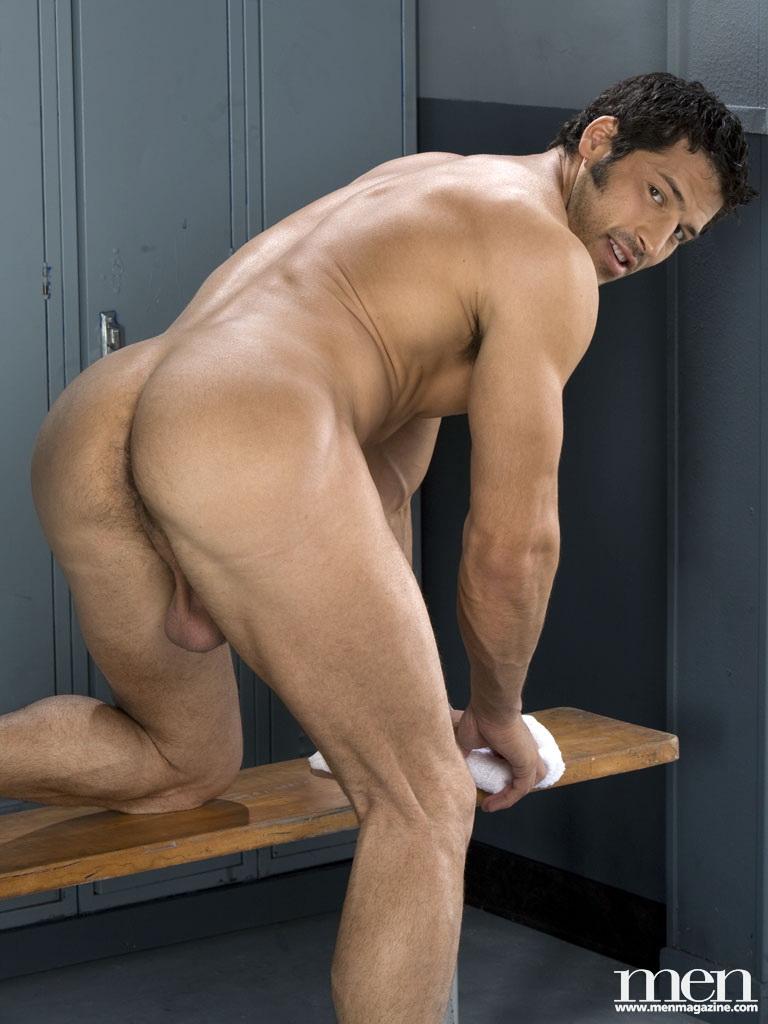 leo giamani nude photo