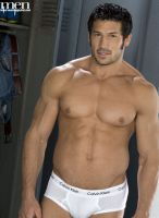 Leo Giamani model