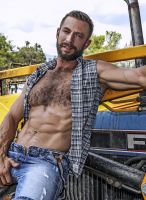 lucasentertainment-bulrog-muscle-gay-daddy-9