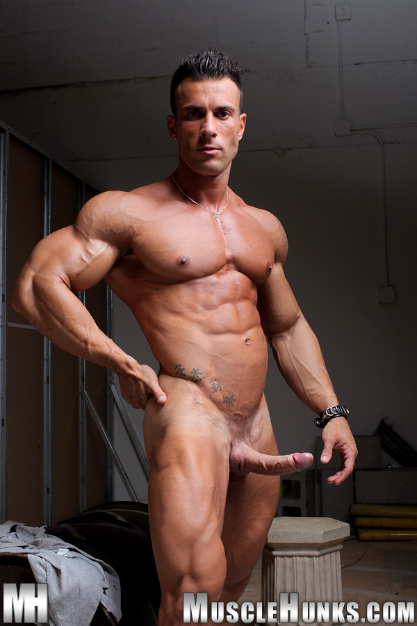 Hot Gay Hunky Muscle Man Lovers