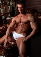 Gianluigi-Volti-muscle-hunks-05
