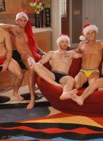nextdoor-christmas-hunks-03