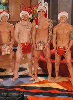 nextdoor-christmas-hunks-04