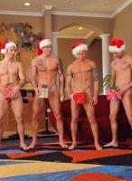 nextdoor-christmas-hunks-07