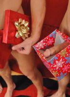 nextdoor-christmas-hunks-09