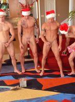 nextdoor-christmas-hunks-12