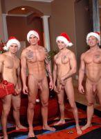 nextdoor-christmas-hunks-16