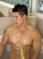 Peter_Le-PeterFever-Bubble-Bath-08