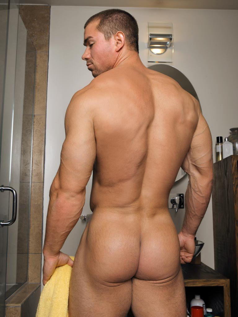 Bodybuilder big ass