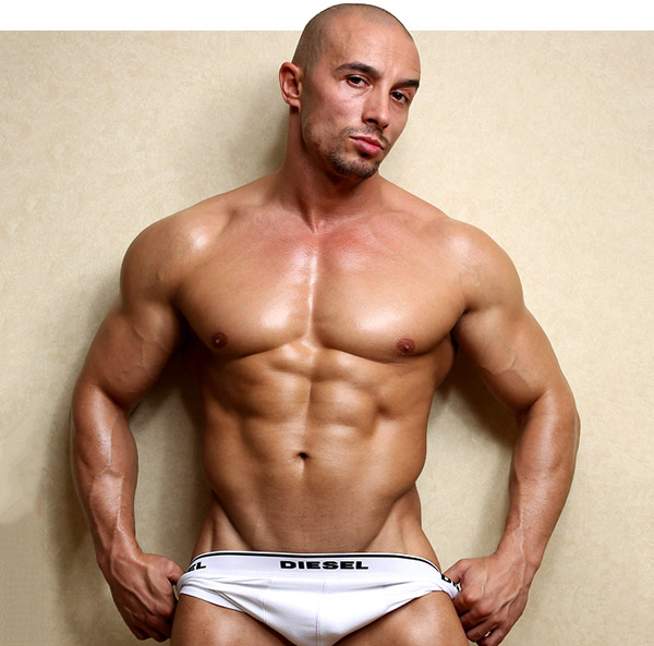 bodybuilder viny knight by powermen musclehunks