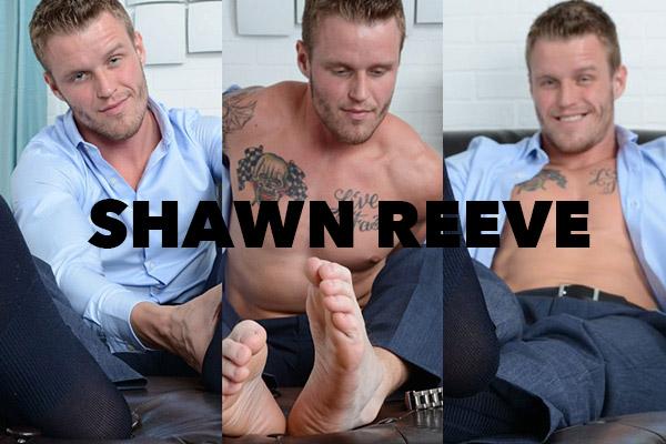 Myfriendsfeet-Shawn-Reeve-collegedudes