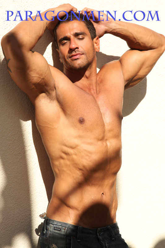 Bodybuilder Marcus Rezende As Apollo At Paragonmen-1758