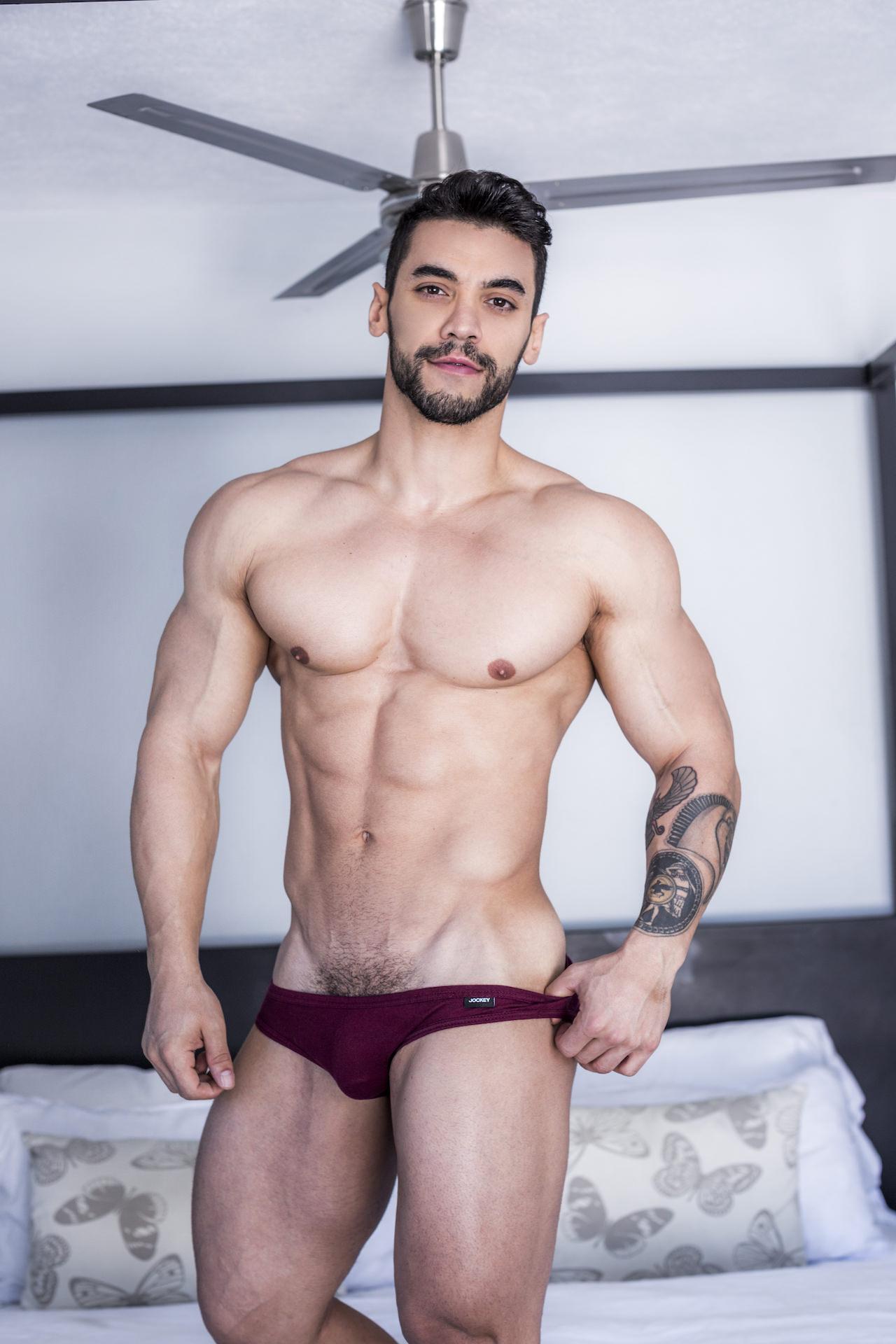 Arad Winwin Porn Videos Bareback arad winwin joins lucasentertainment