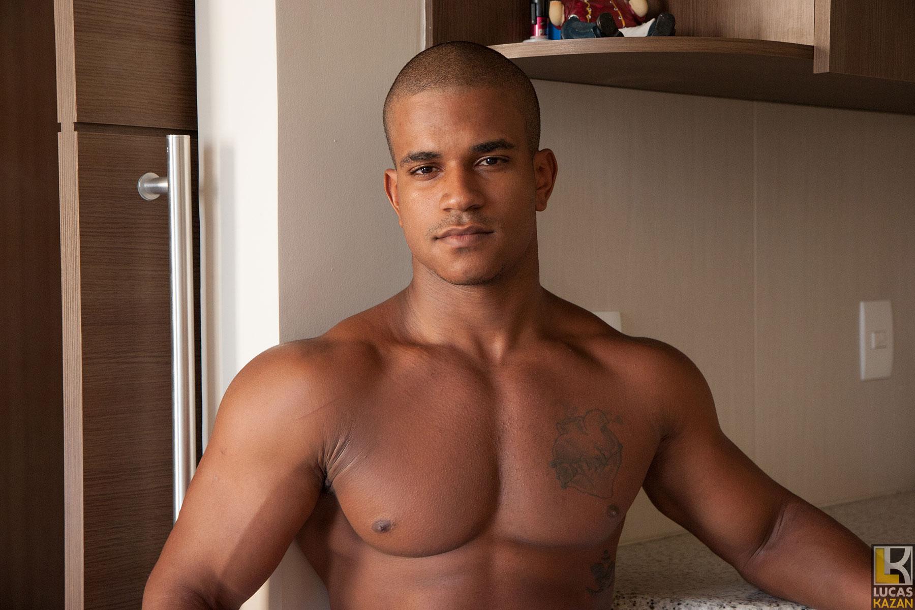 Carlos Porn brazilian bodybuilder carlos from lucaskazan