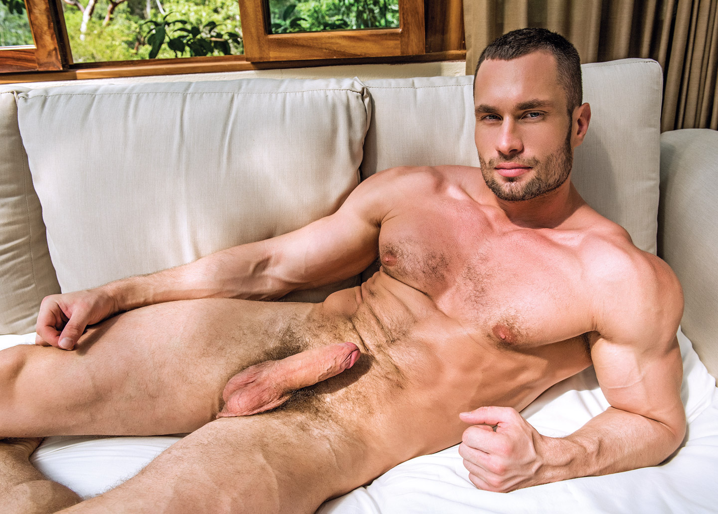Nude gay pictures