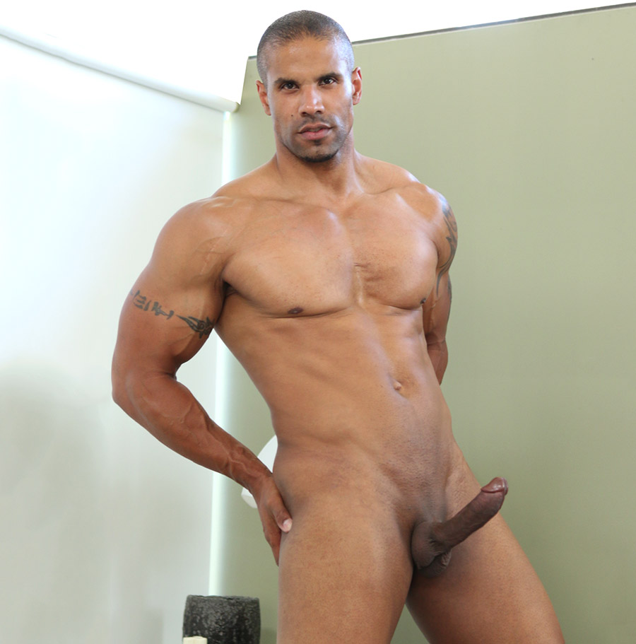 Axel Roberts Porn Videos mr.muscle robert axel is defying age